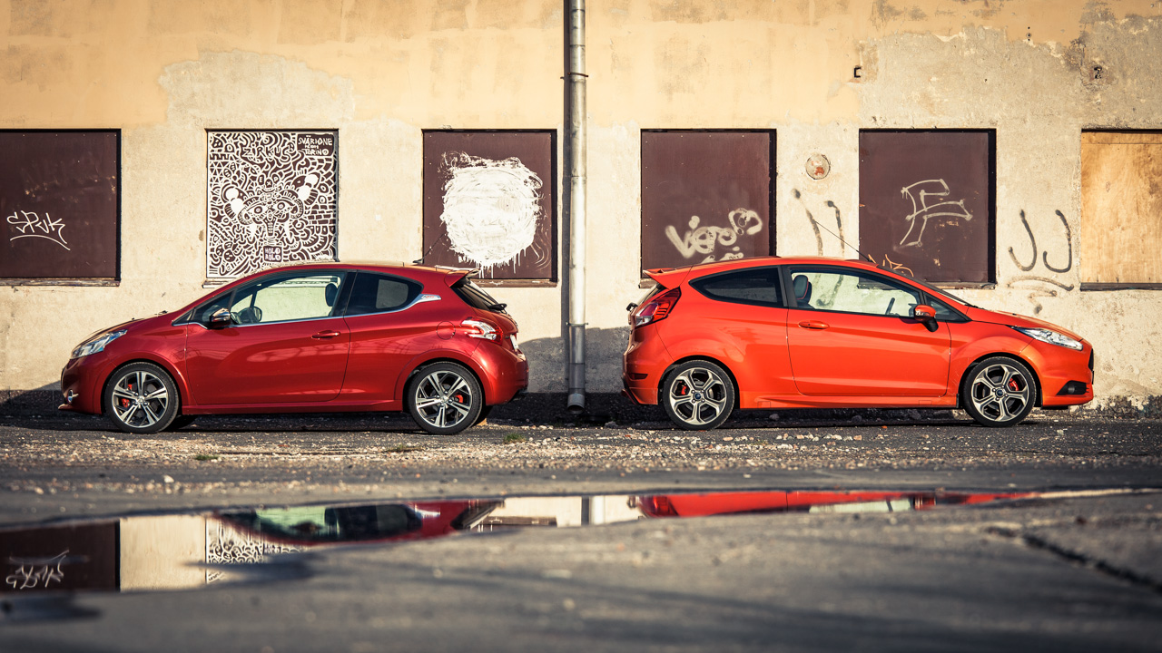 Fiesta ST vs. 208 GTi
