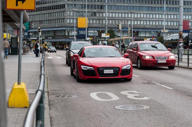 Audi R8 V10 Makkaratalon kulmilla