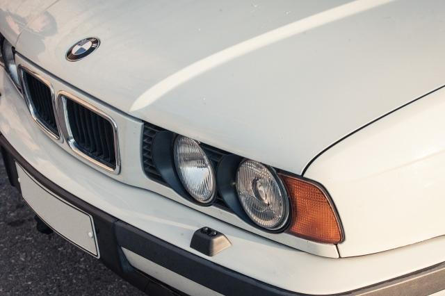 BMW 518: E34 keula.