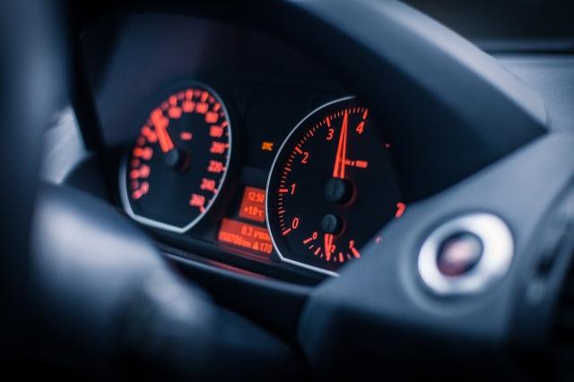BMW_130i_11