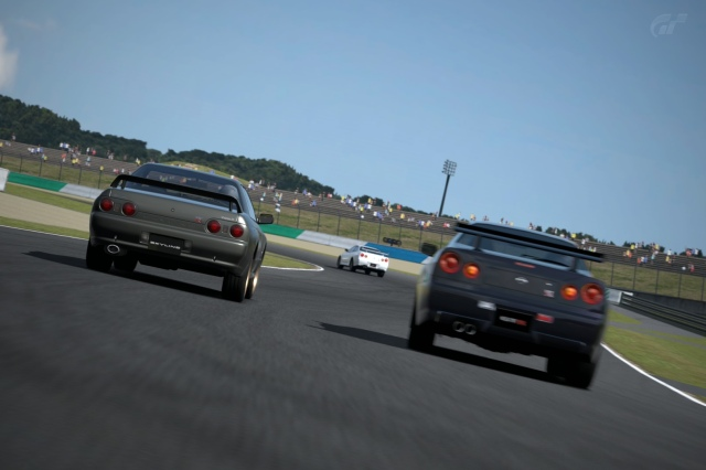 Nissan R32 GT-R vs Nissan R34 GT-R Twin Ring Motegilla
